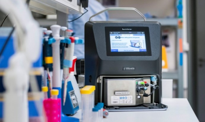 bactoSense-device-in-a-laboratory